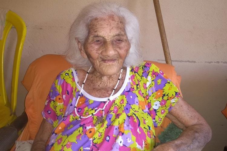 Brumado: Com cerca de 115 anos, dona Antônia do Morro está entre as pessoas mais idosas do mundo