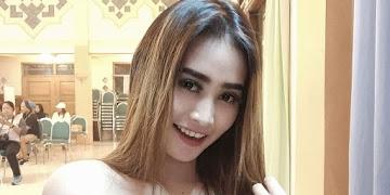 Gallery Anggun Cantika Artis Dangdut Jogja Hot dan Seksi