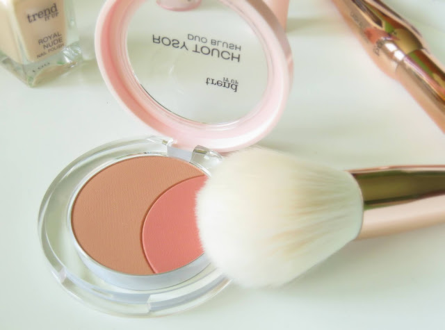 Trend It Up Rosy Touch Duo Blush farba na licka