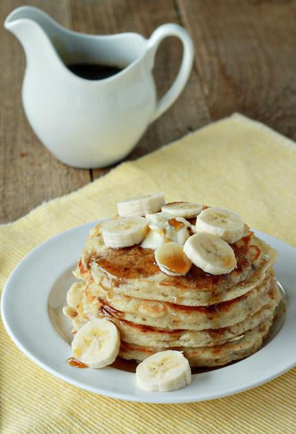 Pancakes de plátano.  Banana pancakes