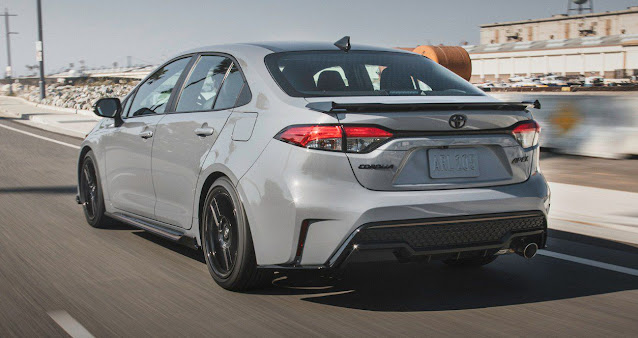 all-new-corolla-apex-taillights-exhaust-badges