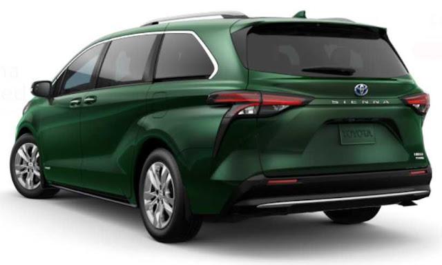 minivan-sienna-taillights-emblem-toyota