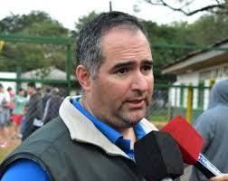 Enojado, Vedoya se despidió de la presidencia de Guaraní
