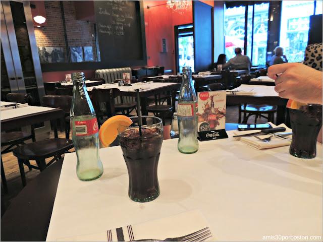 Le Chat Noir: Restaurante Francés en Montreal