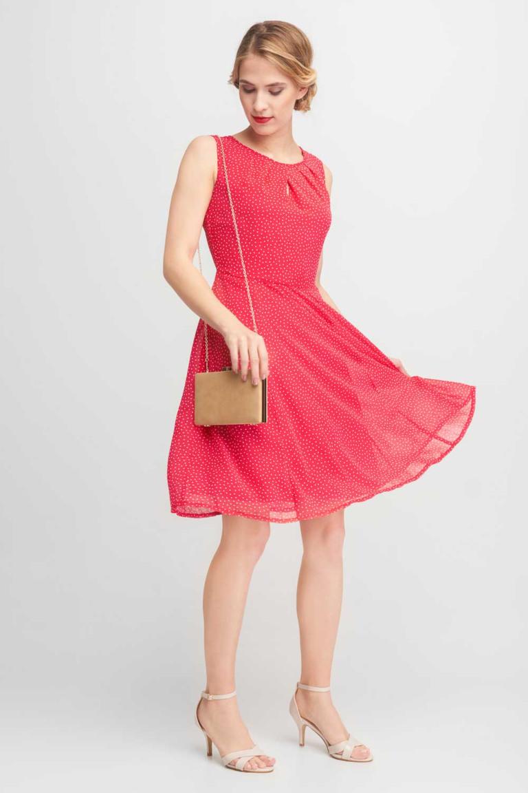 czerwona zwiewna sukienka w groszki qiosque