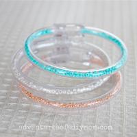 plastic seed bead bracelets