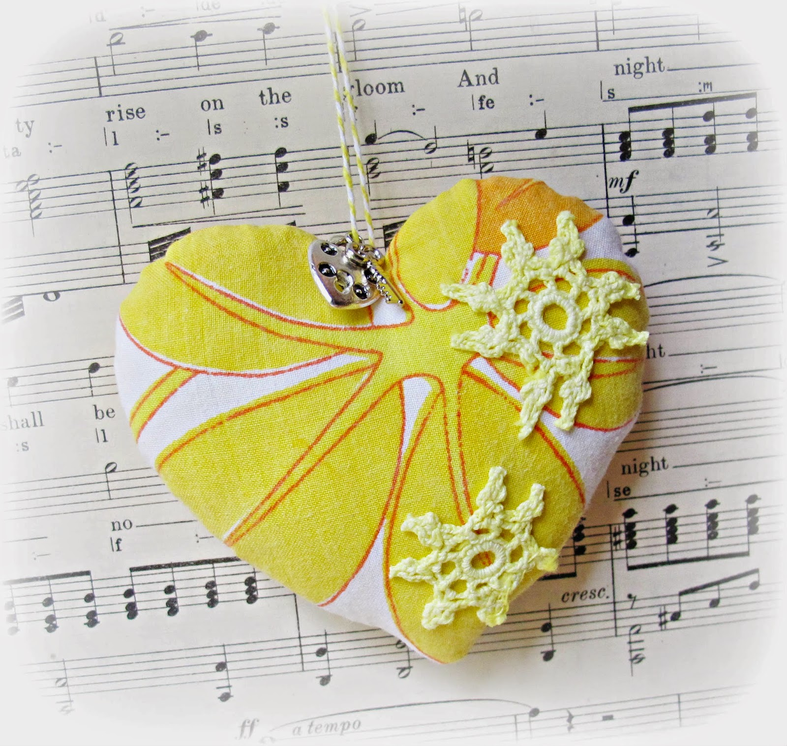 image key to my heart ornament pin cushion domum vindemia yellow orange doilies lock key charm vintage fabric sew mama sew giveaway day may 2014