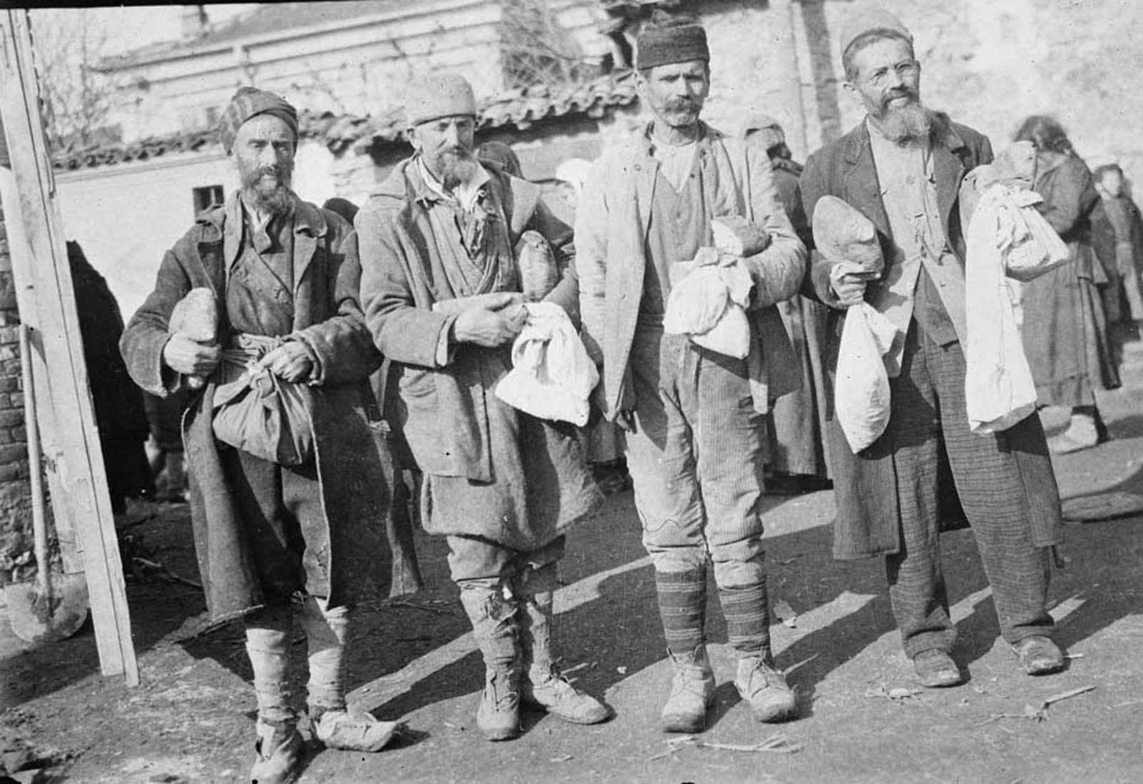 People of Balkans 100 years ago