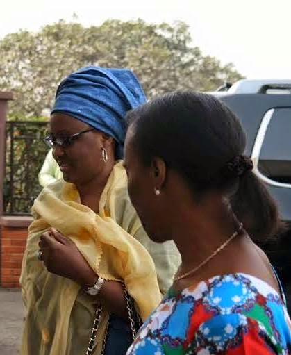 Exclusive Photos: Buhari & Osinbajo's wives arrive Ogun state for campaign
