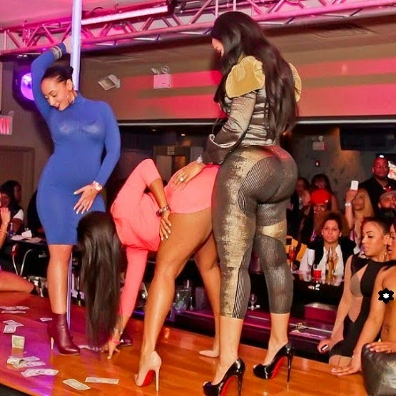 Checkout Photos From A High Class Lesbian Party