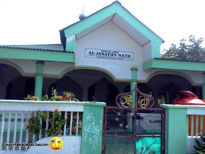 Masjid AL- Janatun Na'im Pulau Kelapa Dua