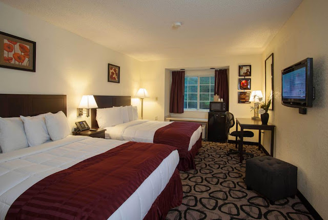 Jacksonville Plaza Hotel and Suites is just 1000 feet from I-95 Exit 363B and conveniently located just minutes from the international airport, the downtown area, and a host of popular shops, restaurants, and attractions.