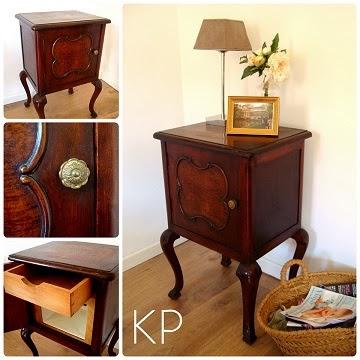 Tienda de muebles antiguos online. Mesitas de luz francesas para dormitorio.