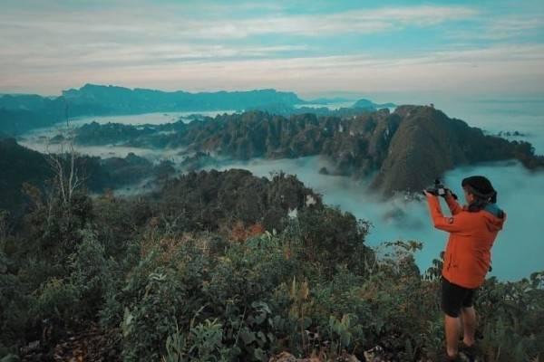 Ini 7 Fakta Keindahan Pegunungan Karst di Kalimantan Timur