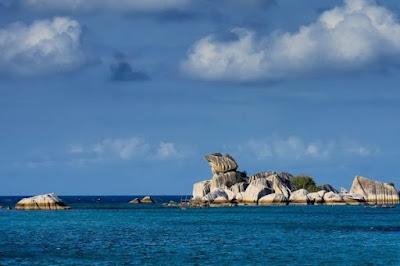 5 Pantai yang Harus Dikunjungi di Pulau Belitung