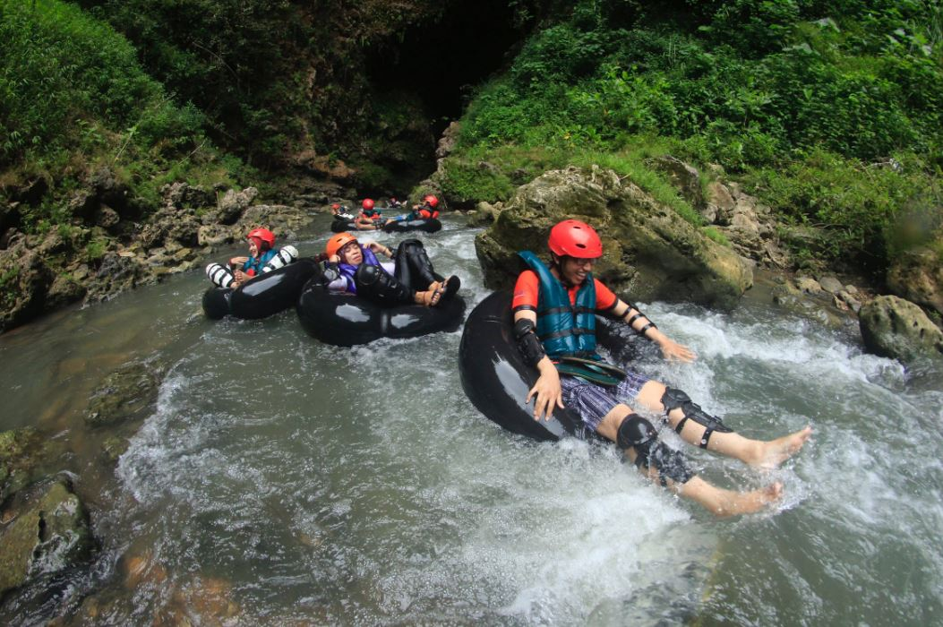 Water sports-India's most famous Adventures Tourist Destination