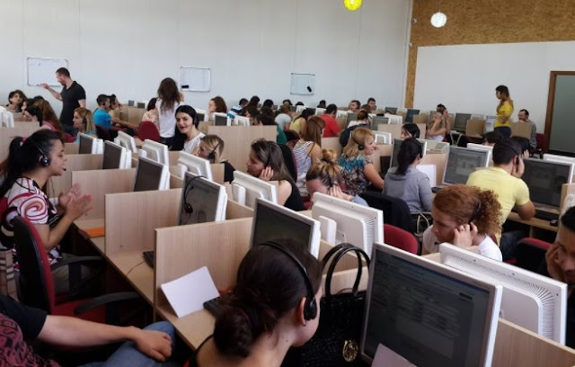 A work day in Call Center in Albania