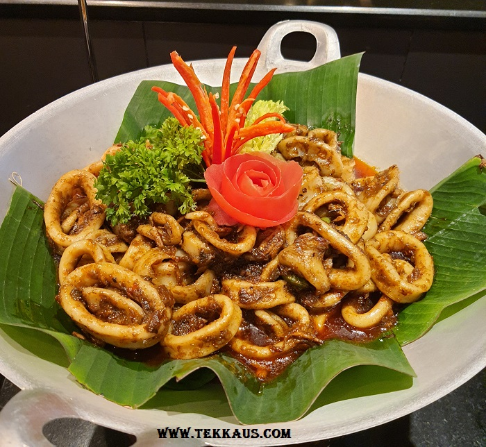 Spicy Calamari Ramadan buffet dinner Holiday Inn Melaka Menu