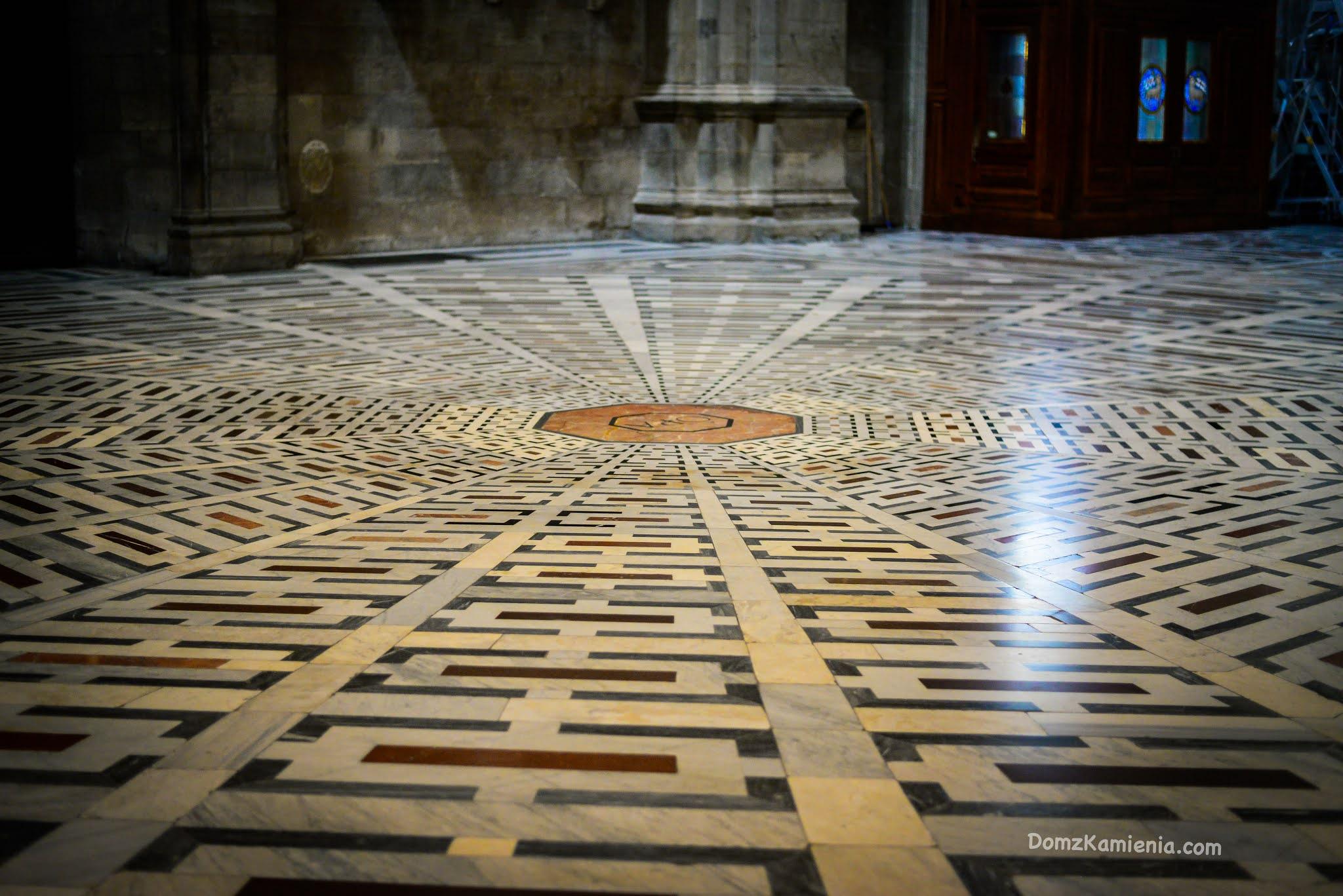Florencja, Duomo, Dom z Kamienia