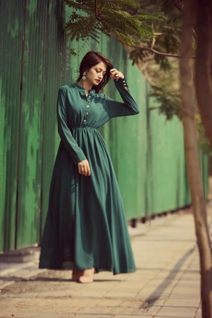Karishma Rawat Indian Fashion Blogger Instagram