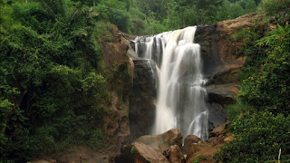 Tempat Wisata Air Terjun Sunggah