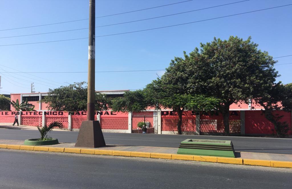 Colegio POLITÉCNICO NACIONAL DEL SANTA - Chimbote