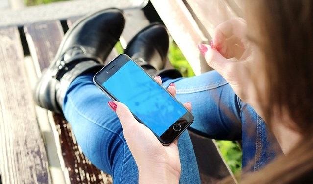 aplikasi pinjaman online untuk kredit hp