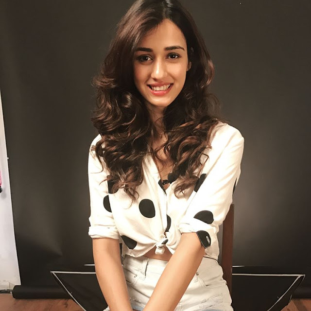 Best Famous Indian Film star actress Disha Patani pics