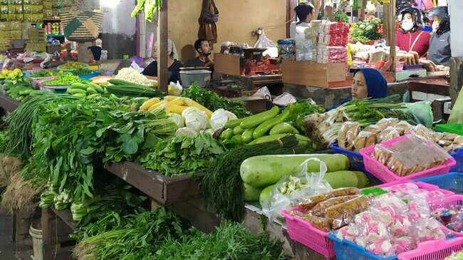 pasar besar malang sayuran
