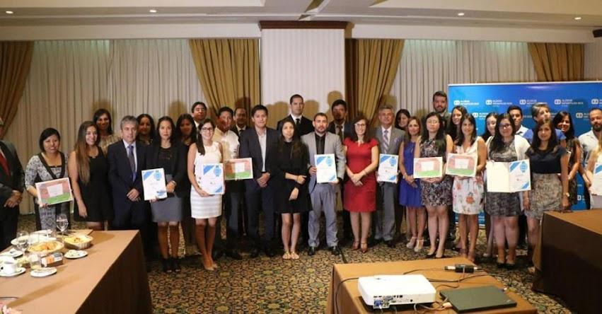 USIL es premiada como la institución educativa que más contribuye con el programa «Recíclame, Cumple Tu Papel» de Aldeas Infantiles SOS