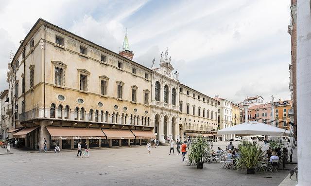 Piazza-dei-Signori-Vicenza