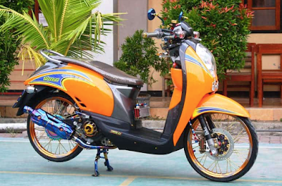 Modifikasi Scoopy Karbu