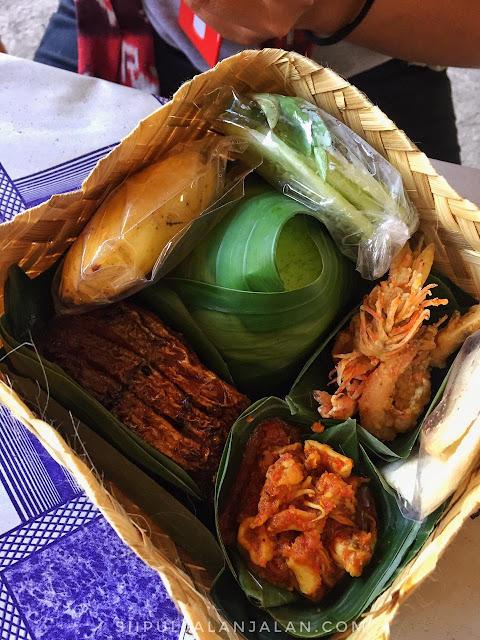 Seafood di Pantai Baru Bantul