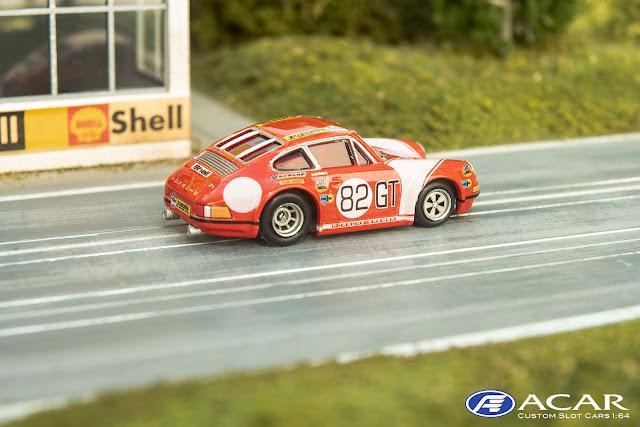 Porsche 911S Kremer Racing Custom Slot Car mit optimaler Straßenlage
