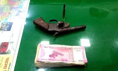एक पिस्टल, एक गोली, दस हजार रुपये नगद