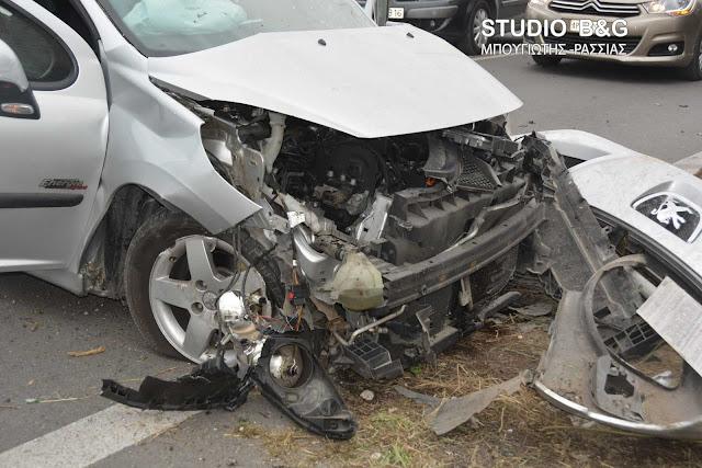 Σοβαρό τροχαίο στο Ναύπλιο με αυτοκίνητο και τρακτέρ - Δυο τραυματίες