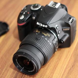 Kamera DSLR Nikon D3200 Bekas di Malang