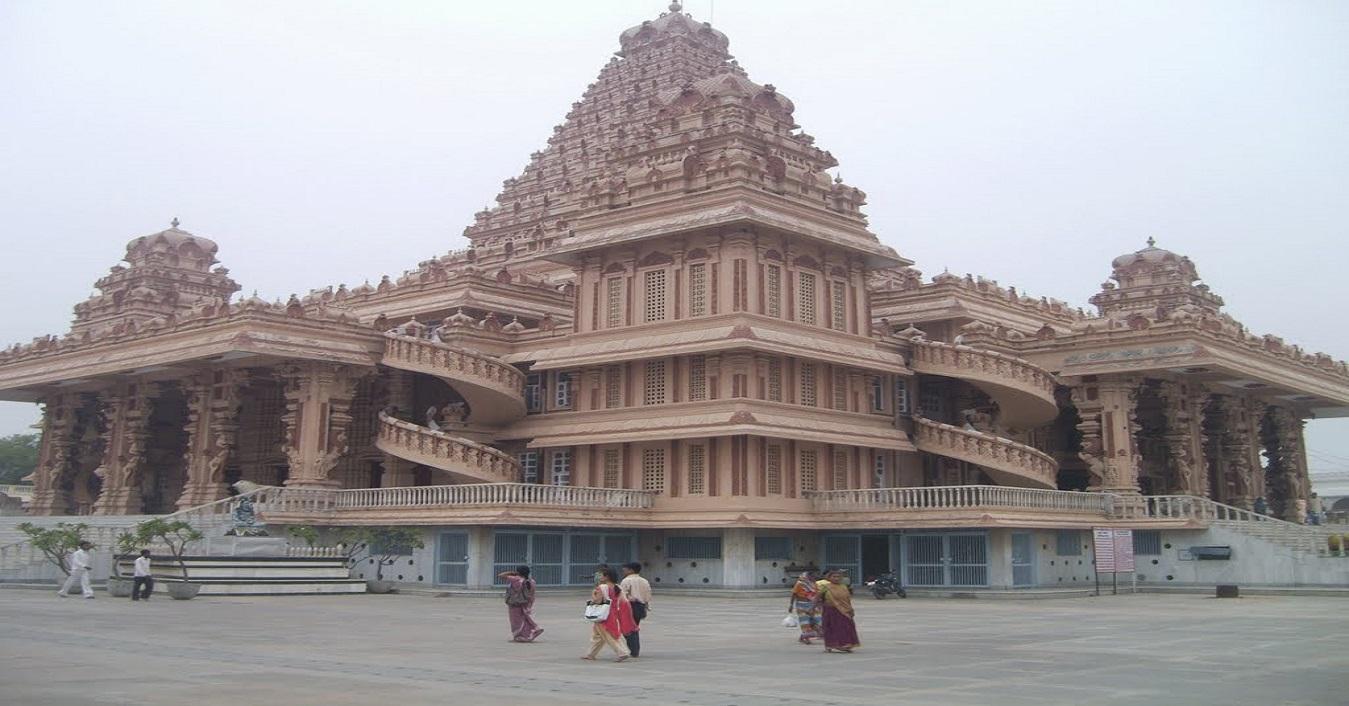 Chattarpur Temple Delhi Richest Temple In India Temple