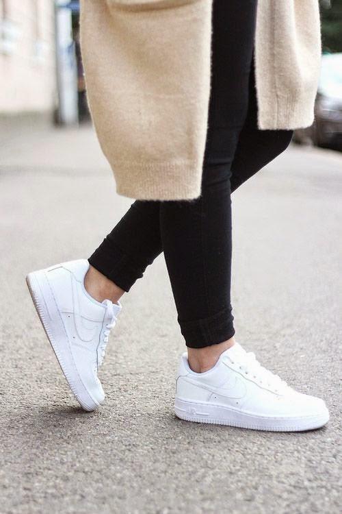 Http Stylecaster Com How To Clean A Designer Bag