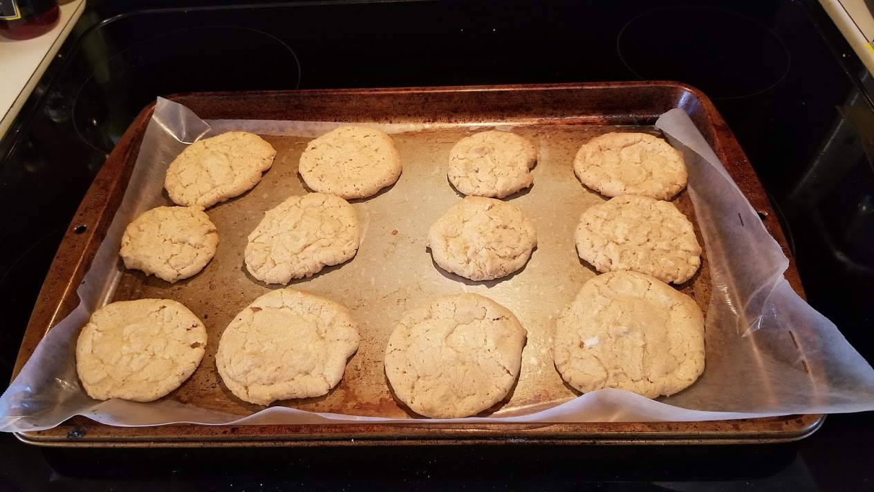 3-ingredient peanut butter cookies! Yum.