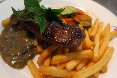 Huber's Bistro, flat iron steak