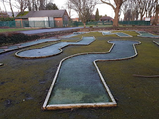 Hexthorpe Flatts Park Crazy Golf course in Doncaster