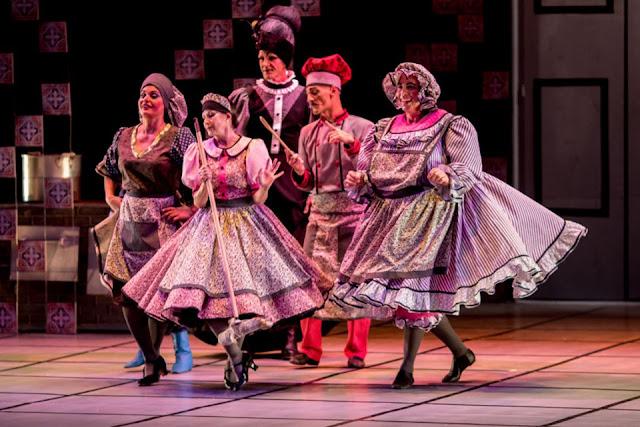 G2 Cia de Dança apresenta o espetáculo La Cena na Caixa Cultural Recife