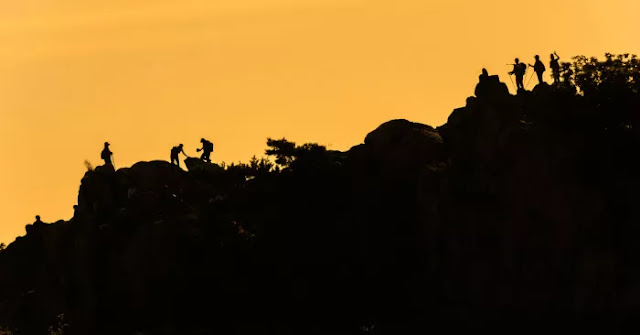 Alasan kenapa pendaki ketagihan mendaki gunung