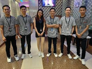 Lowongan Kerja Server / Waitress Platinum Family Karaoke & Cafe