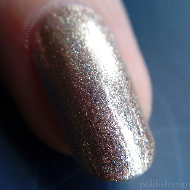 Macro swatch of Cirque Colors 'Cin Cin' (indoor lighting)