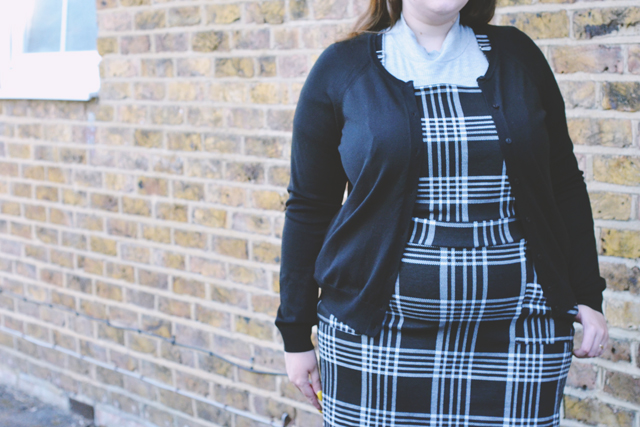 Plus size back to school outfit