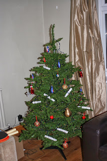 Rubbish-Broken-Christmas-Tree-Decorations-Lights-Gallery