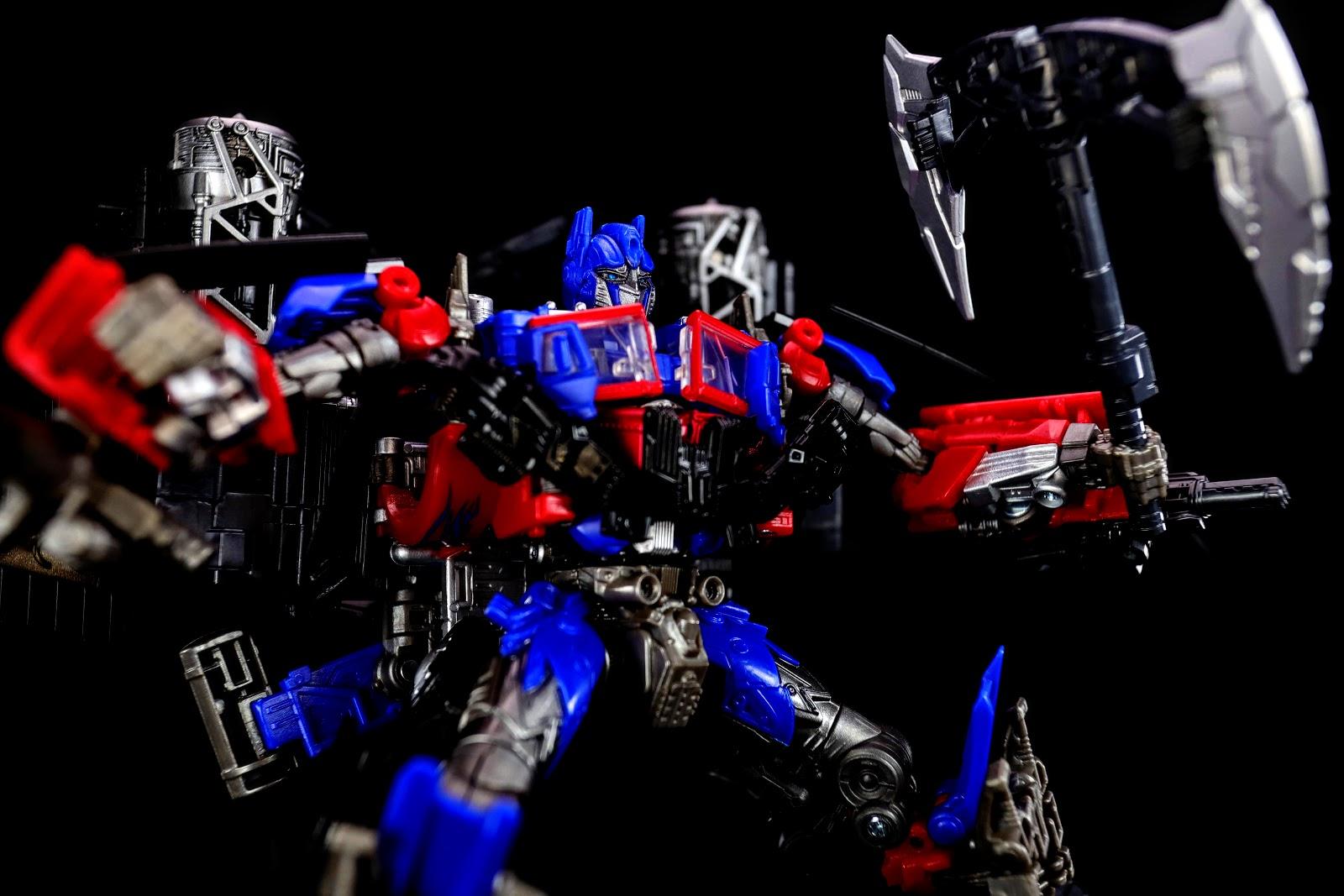 Studio Series 32+35 Jetpower Optimus Prime