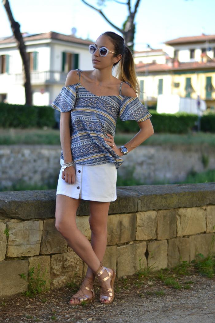 minigonna con bottoni outfit